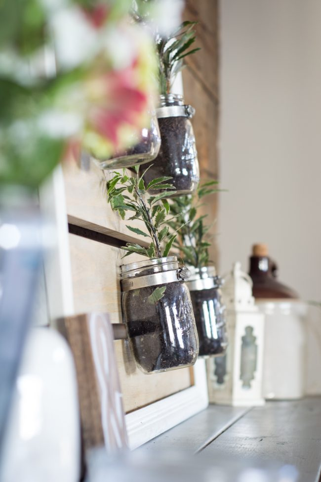 How to Make a Mason Jar Planter from an Old Frame by Kelly from @northctrynest